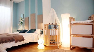 amenagement b b dans la chambre des parents b b doudou univers. Black Bedroom Furniture Sets. Home Design Ideas