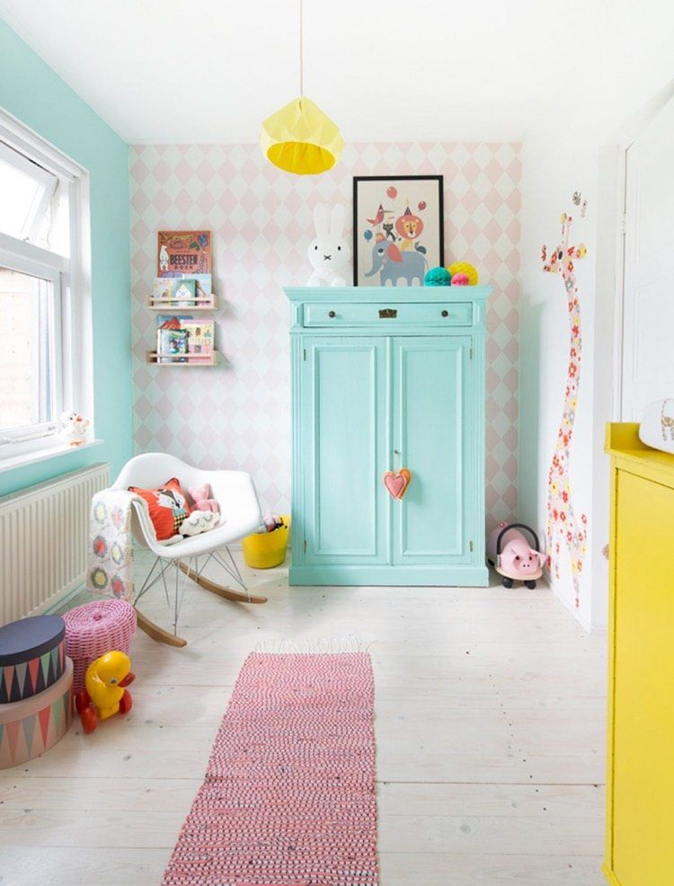 Decoration chambre bebe pastel