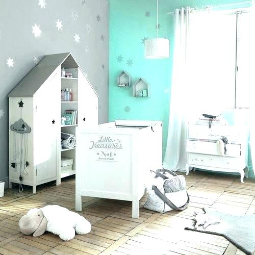 Decoration chambre bebe taupe